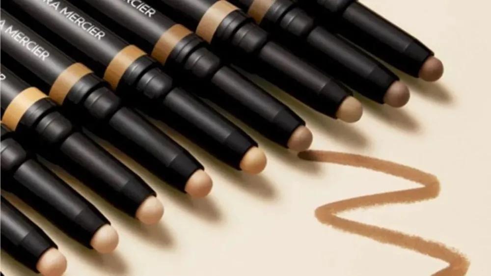 资生堂为什么看上这个非科班出身化妆师创立的品牌?